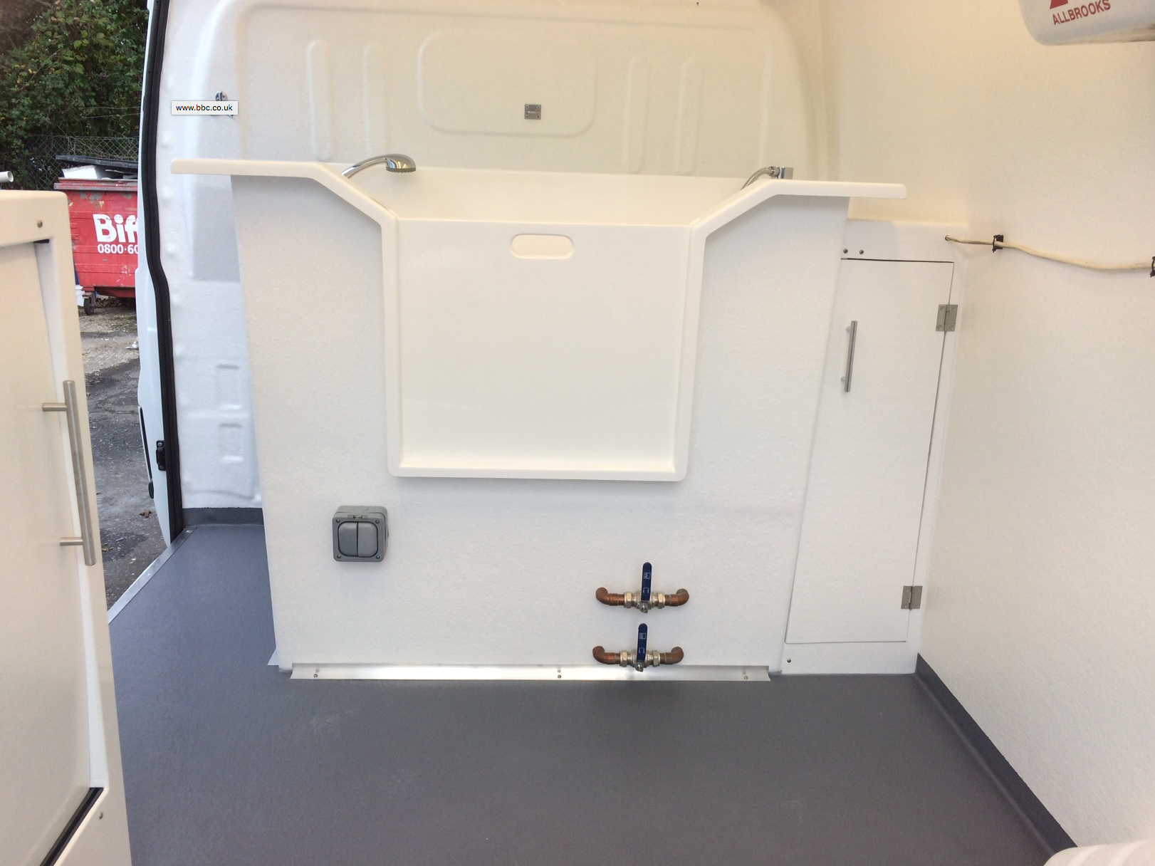 Here Are Some Examples Of Our Previous Work This Gallery Showcases All The Elements That Make Pro Dog Grooming Vans Best On Market